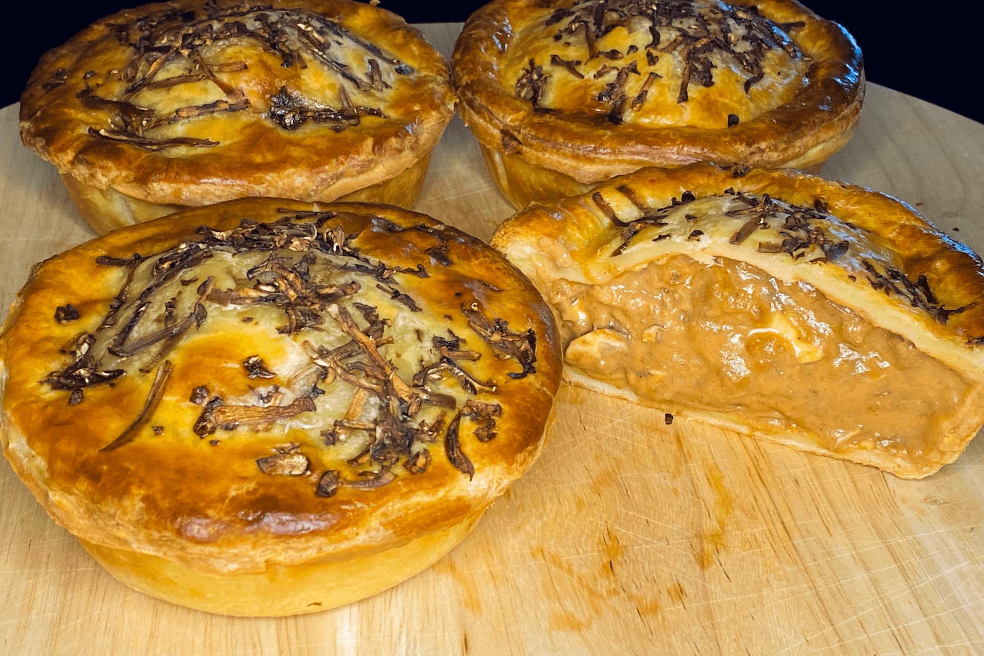 Beef stroganoff pie